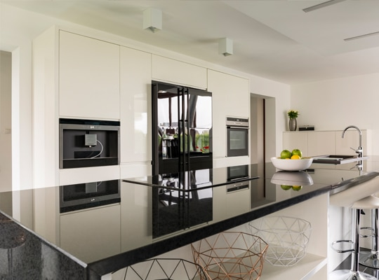 LUXURIOUS FINISHES THAT IMPRESS